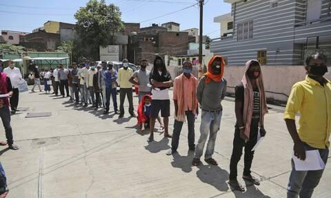 Βρετανία: Αναβλήθηκε η επίσκεψη του Μπόρις Τζόνσον στην Ινδία λόγω πανδημίας