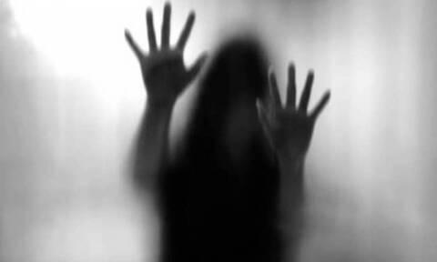 Συγκλονίζει η 28χρονη που κακοποιήθηκε από το θείο της - «Με παρότρυνε να εκδίδομαι»