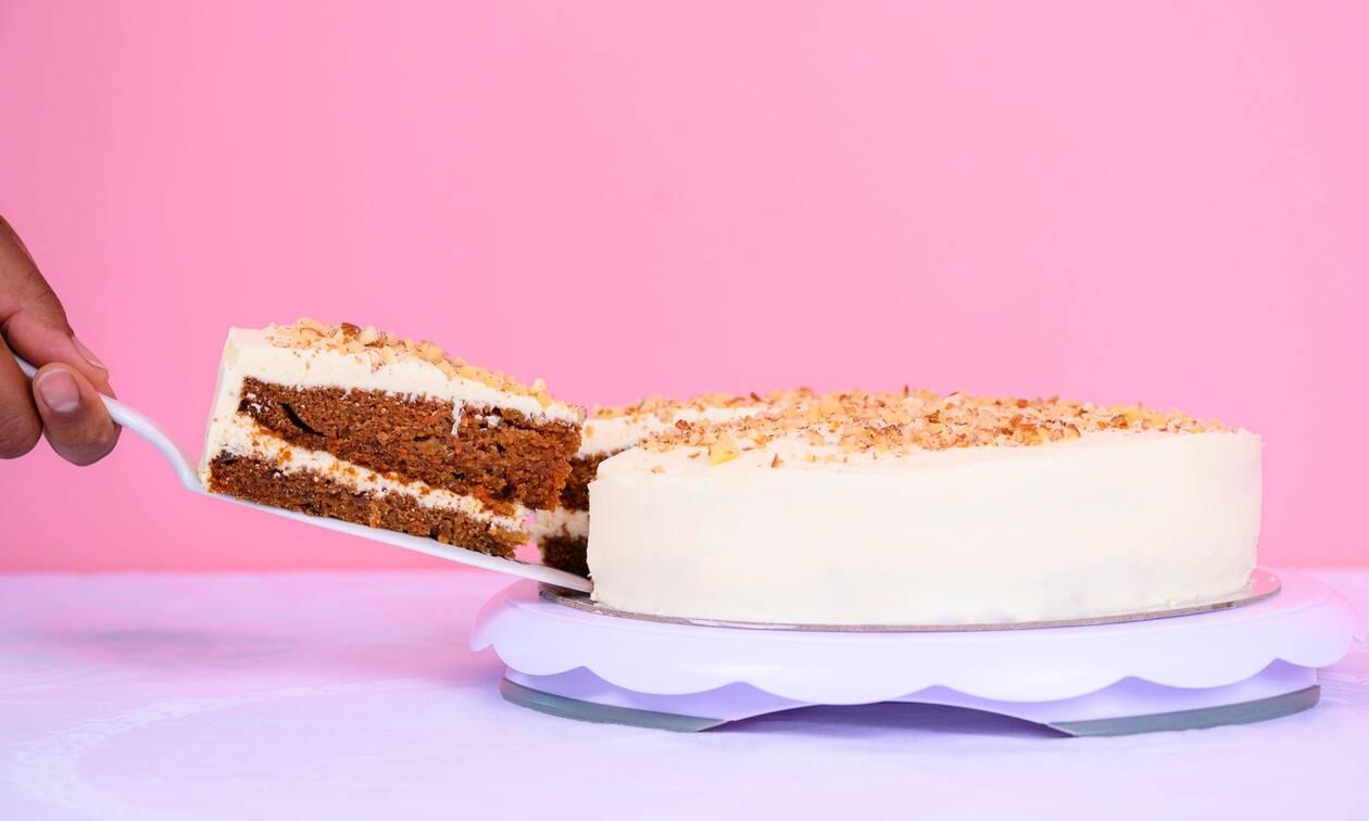 Αυτή είναι η πιο νόστιμη συνταγή για κέικ μήλου