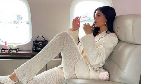 Kylie Jenner:Το νέο της post με μαγιό αποθεώθηκε στο Instagram