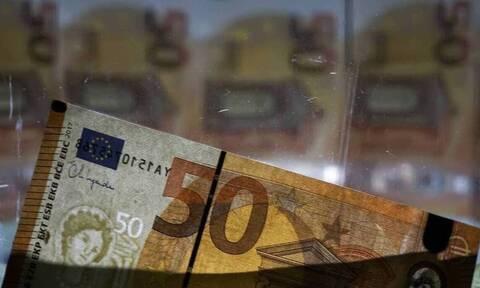 Τι δείχνουν οι τραπεζικές καταθέσεις για την πορεία του κορονοϊού