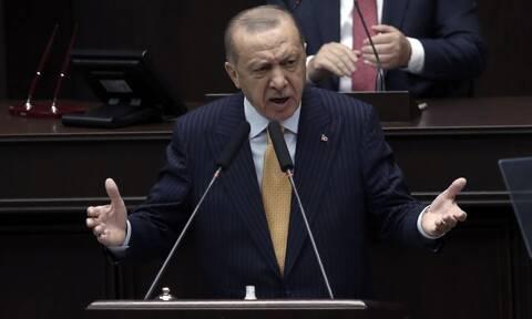 Τουρκία: Ο Ερντογάν αντικατέστησε αιφνιδιαστικά την υπουργό Εμπορίου