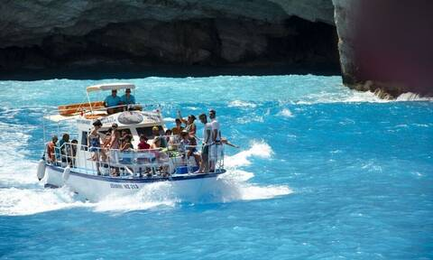Daily Telegraph: Τα 15 ελληνικά νησιά που πρέπει να πάτε φέτος για διακοπές