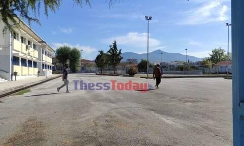 Θεσσαλονίκη: Με εξώδικο στον διευθυντή απαντά ο πατέρας του μαθητή – Ζητά οικονομική αποζημίωση