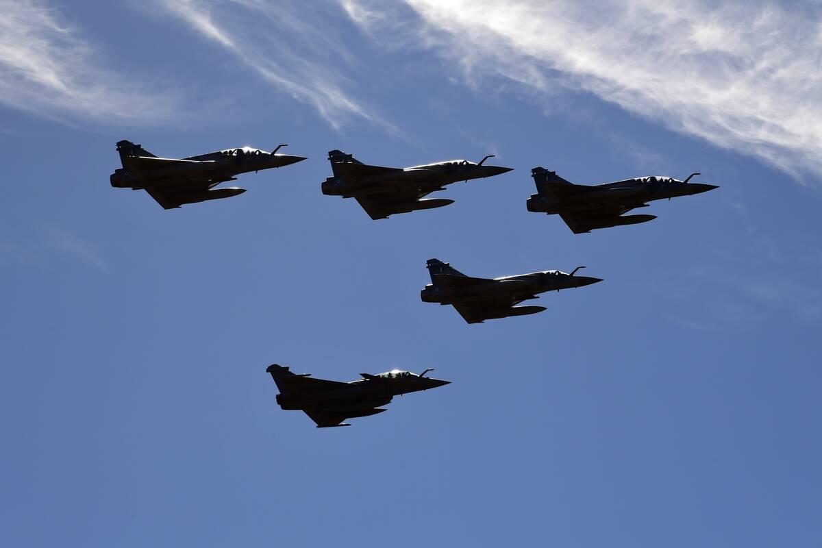 Rafale, Mirage 2000
