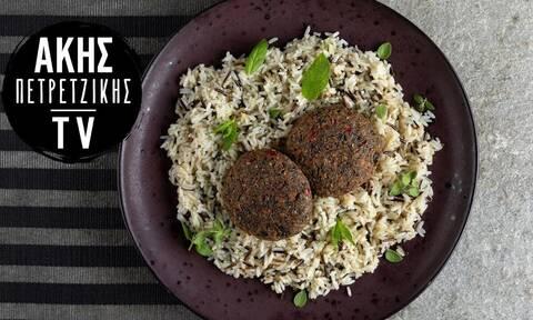 Μπιφτέκια λαχανικών: Νόστιμη και γρήγορη συνταγή από τον Άκη Πετρετζίκη