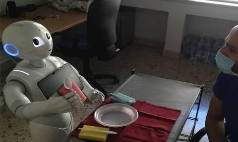 Ο Pepper έγινε το πρώτο ρομπότ το οποίο μιλάει φωναχτά στον εαυτό του