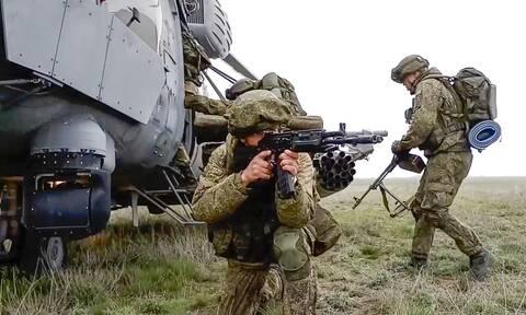 Αποκλιμάκωση: Οι ρωσικές δυνάμεις επιστρέφουν στις βάσεις τους μετά τις ασκήσεις κοντά στην Ουκρανία