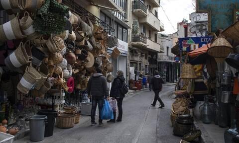 Κρούσματα σήμερα: 1.305 νέες μολύνσεις στην Αττική και 374 στη Θεσσαλονίκη - Αναλυτικά η διασπορά