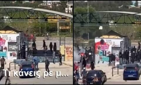 Ξύλο στην Πανεπιστημιούπολη: Φοιτητές εναντίον αντιεξουσιαστών (vid)