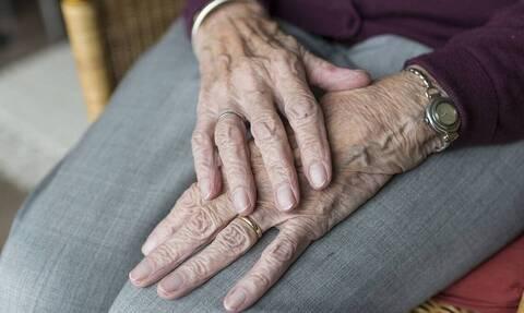 Χανιά: Σοκαριστική μαρτυρία για το γηροκομείο - Είδα 20 γέροντες δεμένους στον διάδρομο