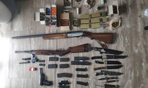 Ηράκλειο: Έκρυβε στο σπίτι του ένα μίνι οπλοστάσιο