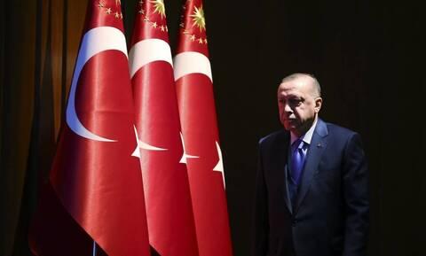 Σε απόγνωση ο Ερντογάν: Έβαλαν αγγελία για να βρουν μηχανικούς για νέο μαχητικό