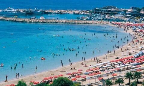 Kύπρος: 10.000 τουρίστες έφθασαν το Σαββατοκύριακο - «Κλειδωμένοι» στα ξενοδοχεία τους
