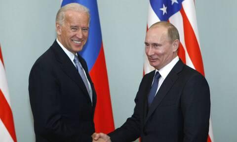 Κρεμλίνο: Το καλοκαίρι η συνάντηση Πούτιν-Μπάιντεν