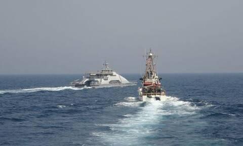 Βίντεο: Επεισόδιο μεταξύ αμερικανικών και ιρανικών σκαφών στον Περσικό Κόλπο