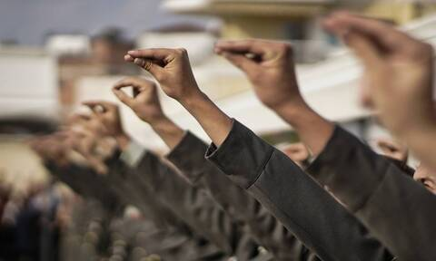 Στρατιωτική θητεία: Ποιοι θα κάνουν 12μηνο και ποιοι 9μηνο - Αναλυτικά τι αλλάζει από τον Μάιο