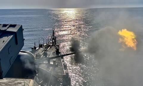 Πολεμικό Ναυτικό: «Άστραψε και βρόντηξε» η «ΛΑΙΛΑΠΑ» - «Πλήγμα» σε αεροσκάφη, τορπίλη από υποβρύχια