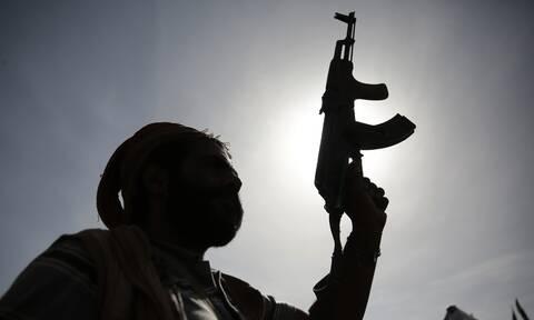 Επίθεση σε σαουδαραβική αεροπορική βάση από τους Χούθι της Υεμένης