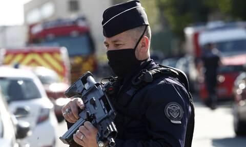 Συνελήφθησαν στο Παρίσι επτά Ιταλοί, πρώην μέλη τρομοκρατικών οργανώσεων