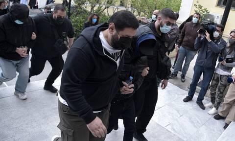 Μένιος Φουρθιώτης: Απολογείται το Μ.Σάββατο- Κατηγορείται για δύο κακουργήματα και επτά πλημμελήματα