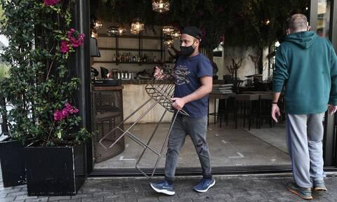 Χαρδαλιάς: Έτσι ανοίγει η εστίαση την Δευτέρα του Πάσχα – Με SMS σε καφέ, μπαρ, εστιατόρια