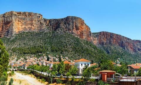 Εντυπωσιακές εικόνες που μας χαρίζουν οι κορυφές των ελληνικών βουνών