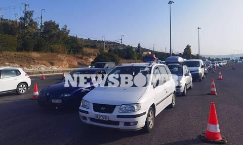 Ρεπορτάζ Newsbomb.gr: «Μπλόκα» παντού! Γυρίζουν πίσω τους «ανυπάκουους» - Έλεγχοι και με drones