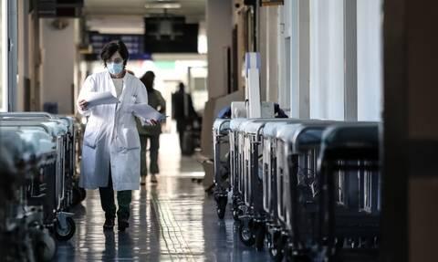 Iσραηλινό φάρμακο κατά της COVID-19: Τι είναι η υπό δοκιμή εισπνεόμενη θεραπεία
