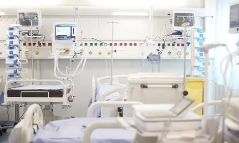 ΠΟΕΔΗΝ: Πάνω από 30 ασθενείς με κορονοϊό διασωληνωμένοι εκτός ΜΕΘ