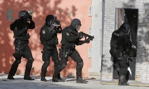 Ισπανία: Συλλήψεις τριών ατόμων εξαιτίας «απειλών» κατά της Γαλλίας με αφορμή σκίτσα του Μωάμεθ