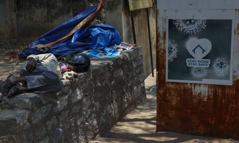 Ινδία - Κορονοϊός: Νέο «μαύρο» παγκόσμιο ρεκόρ - 386.452 κρούσματα σε 24 ώρες