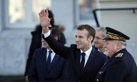 Σάλος στη Γαλλία: Στο πλευρό των… επίδοξων πραξικοπηματιών πρώην υπουργός του Σαρκοζί - Ποια ειναι