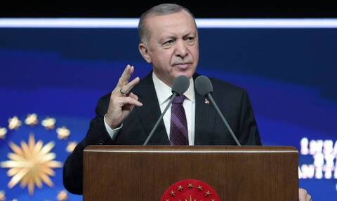 Αυτή είναι η «σκοτεινή» Τουρκία: Συνέλαβαν 14χρονο για δήθεν προσβολή του Ερντογάν