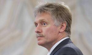 Кремль не обсуждает сокращение выходных в январе из-за увеличения майских
