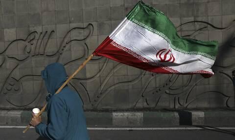 Οι ΗΠΑ διαψεύδουν αναφορές περί συμφωνίας με το Ιράν για ανταλλαγή κρατουμένων