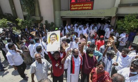 Iνδία: Εκλογική ήττα για τον Μόντι σε κρατίδιο-κλειδί την ώρα που ο κορονοϊός «σφυροκοπά» τη χώρα
