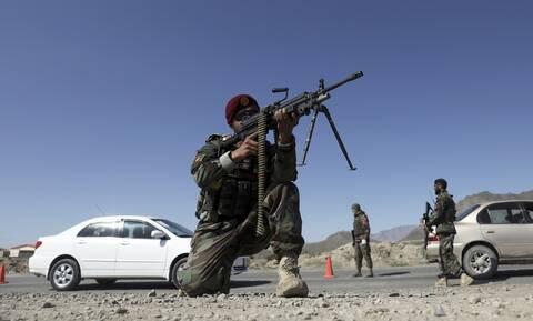 Αφγανιστάν: Μεγάλη επίθεση των Ταλιμπάν ενώ είναι σε εξέλιξη η αποχώρηση των ΗΠΑ