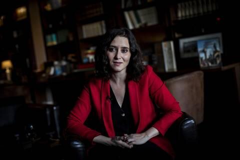 Ισπανία: Νίκη αλλά χωρίς πλειοψηφία στη Μαδρίτη για την «Ισπανίδα Τραμπ»