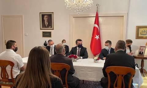 Προκαλεί από τη Θεσσαλονίκη ο Τούρκος υφυπουργός Εξωτερικών με δηλώσεις για «τουρκική κοινότητα»