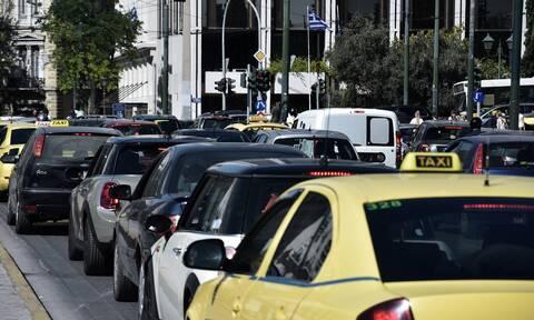 Κίνηση ΤΩΡΑ: Χαμός στους δρόμους της Αθήνας από την απεργία των ΜΜΜ – Δείτε χάρτη