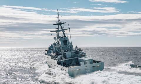 Βρετανικά πολεμικά περιπολούν στο Τζέρσεϊ κατόπιν γαλλικών απειλών για τα δικαιώματα αλιείας