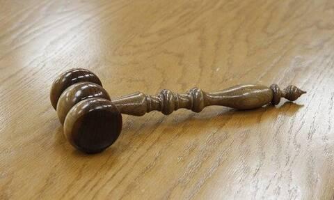 Ένωση Δικαστών και Εισαγγελέων: Καταγγελίες για πιέσεις σε υποθέσεις ανηλίκων τέκνων