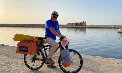 7.000χλμ με το ποδήλατο! «Θα πάω σε κάθε πόλη της Ελλάδας»