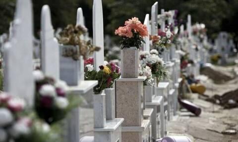 Ελευθερούπολη: Άνοιξαν τάφο και έκλεψαν από μέσα τον νεκρό