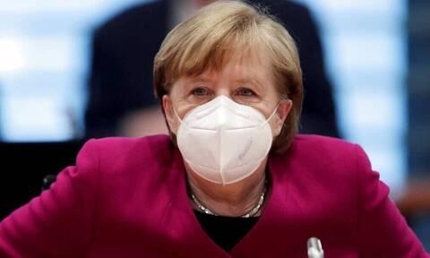 Γερμανία - Κορoνοϊός:«Όχι» από τη Μέρκελ στην άρση πατεντών για τα εμβόλια