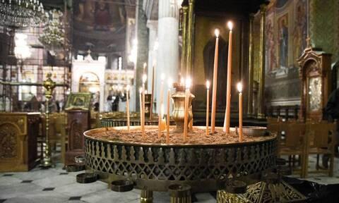 Θεσσαλονίκη: Δικογραφία σε βάρος έξι ιερέων που είπαν το Χριστός Ανέστη τα μεσάνυχτα