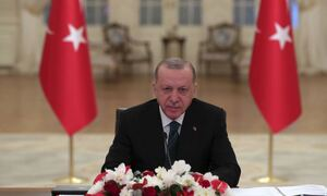 Νέο παραλήρημα Ερντογάν: «Λυπάμαι που Αίγυπτος και Ελλάδα συνεργάζονται»