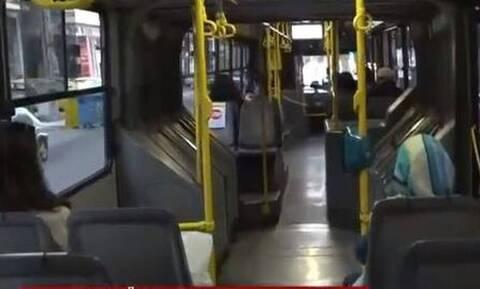 Ρατσιστική επίθεση οδηγού προς επιβάτη: «Εδώ κάνω κουμάντο εγώ»