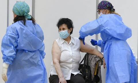 ΠΟΥ: Να μην ξεκινήσει ο εμβολιασμός των παιδιών εφόσον δεν έχουν εμβολιαστεί ακόμη οι ηλικιωμένοι